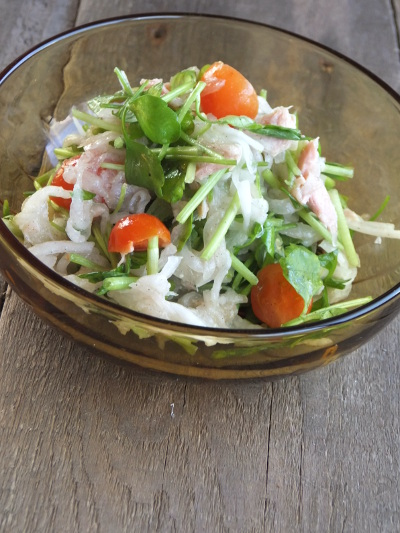 セリとツナのサラダ