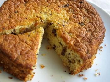 丸型で焼いたおからケーキ