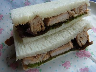 照り焼きチキンサンドイッチ