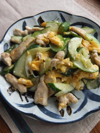 鶏ときゅうりの炒め物
