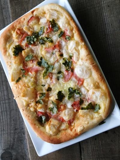 餅のせピザ