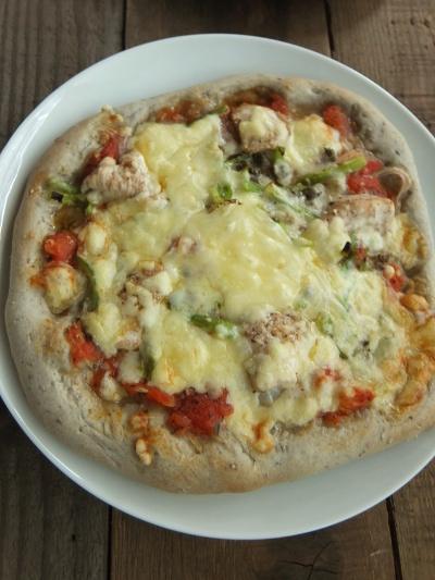 チキンセサミピザ