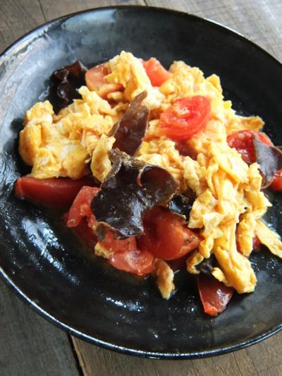 トマトと卵の中華風炒め物