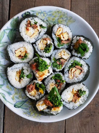 かば焼き缶のハーフ巻き寿司