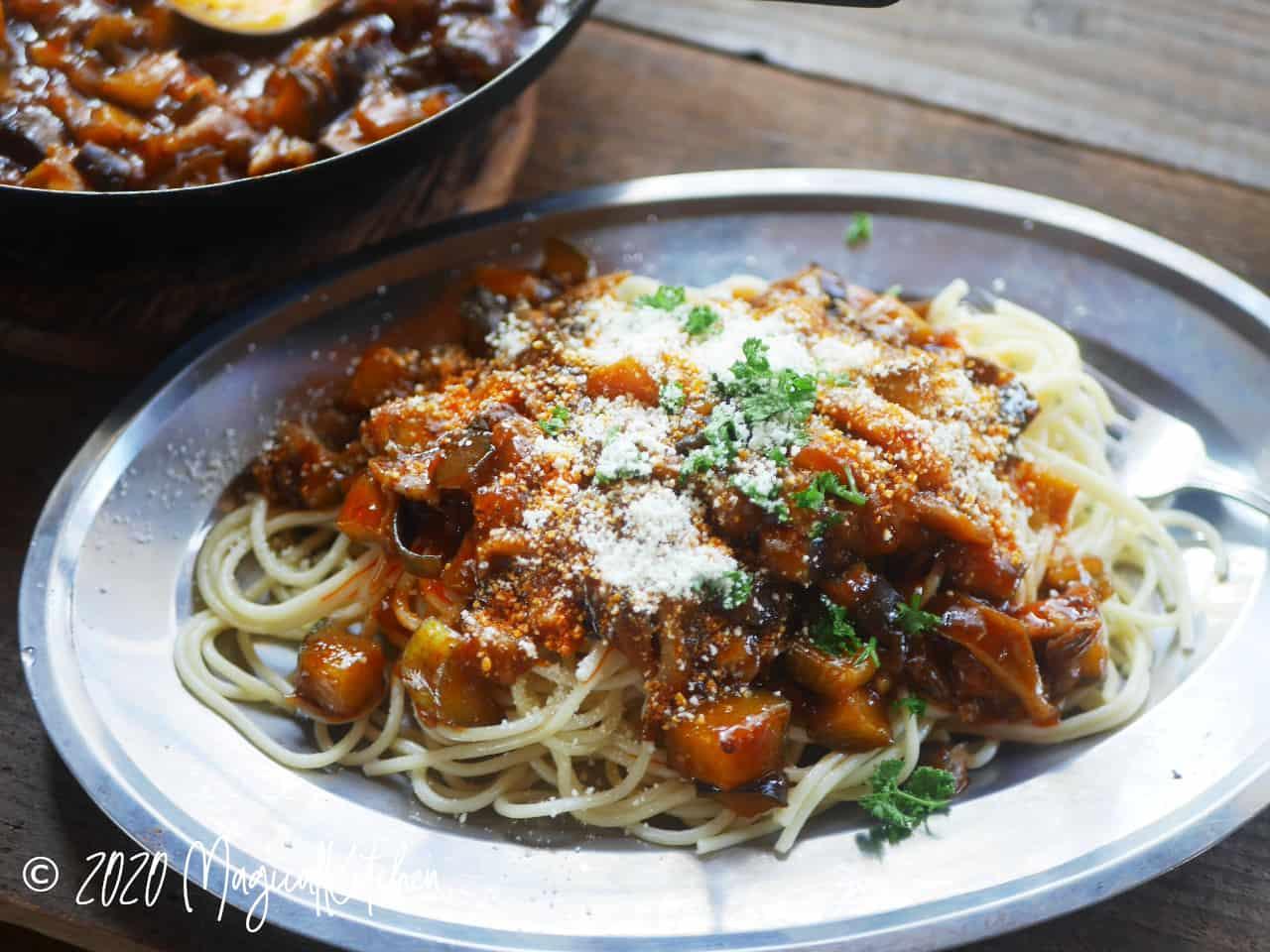 簡単ナスのミートソーススパゲッティ