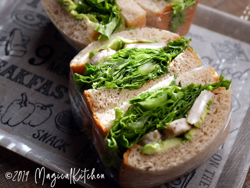 鶏ハムのサンドイッチ