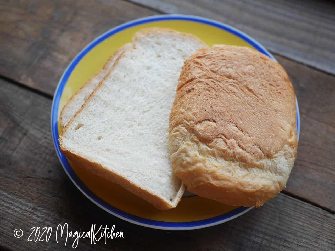 ヨーグルト生クリーム食パン